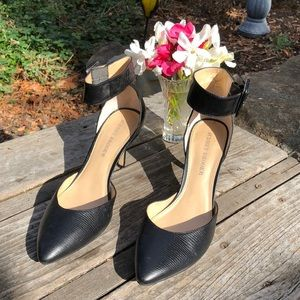 🌺 Audrey Brooke GORGEOUS Ankle Wrap Sandals Sz. 9